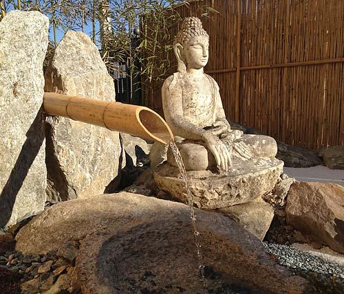 Il giardino zen per la meditazione nell ashram di anima for Il giardino di zen