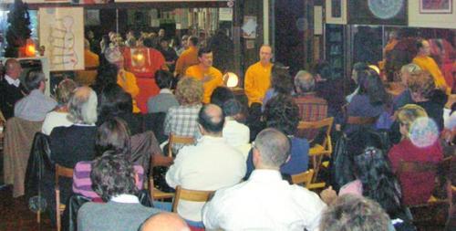 Invitati al Centro Yoga del caro amico Piero Foassa per una conferenza sul pensiero di Anima Universale - 10/11/2006