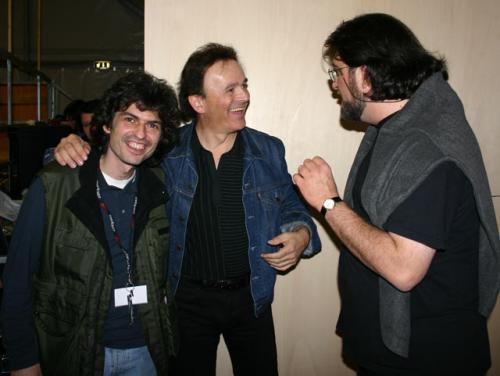 Fabrizio Argiolas è il magistrale fonico di Anima Universale. Nella foto con Dodi Battaglia e ramia Paolo Conti - Ciriè (TO), 20/5/2005