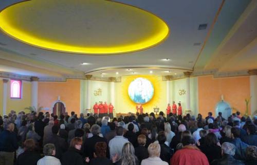 Celebrazione della S.Pasqua nella nostra chiesa a Poggiana di Riese Pio X (TV) – 4/4/2010